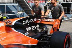 McLaren MCL32 rear