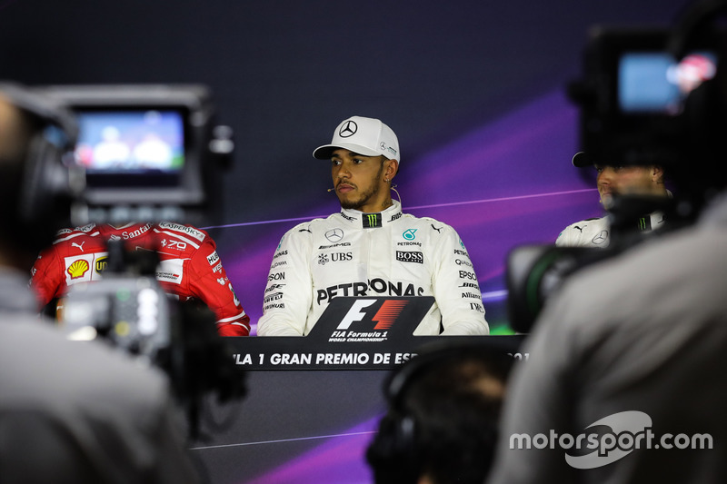 Pole sitter Lewis Hamilton, Mercedes AMG F1 in the Press Conference