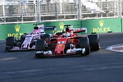 Sebastian Vettel, Ferrari SF70H, Esteban Ocon, Sahara Force India VJM10
