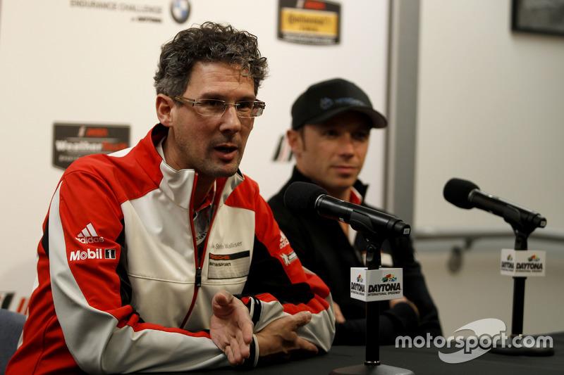 Frank-Steffen Walliser, Porsche Motorsport Director en Patrick Pilet, Porsche Team North America