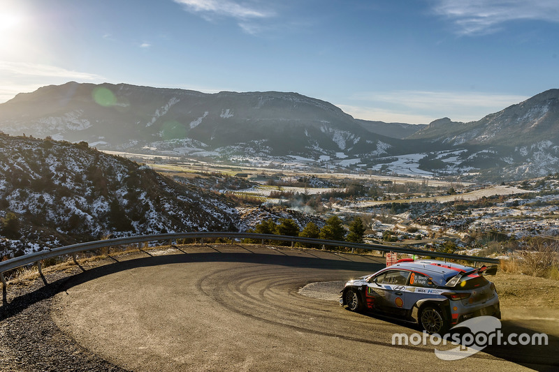 Daniel Sordo; Marc Marti, Hyundai Motorsport, Hyundai i20 WRC