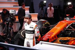 Fernando Alonso, McLaren met de media