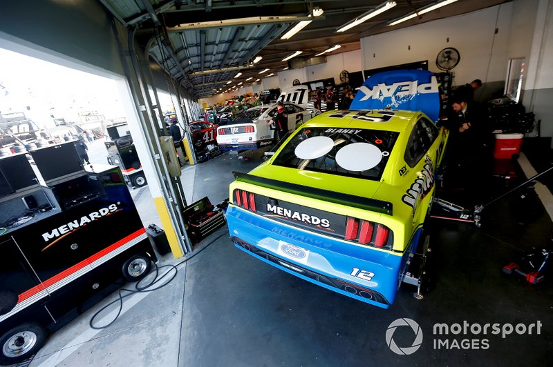 Ryan Blaney, Team Penske, Ford Mustang Menards/Peak