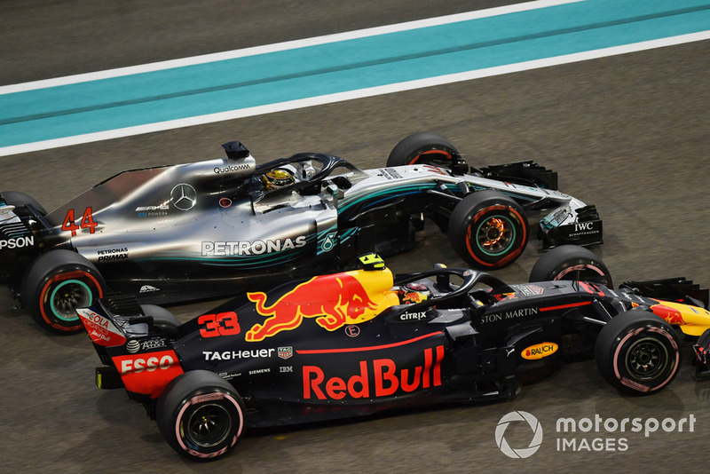Lewis Hamilton, Mercedes-AMG F1 W09, Max Verstappen, Red Bull Racing RB14