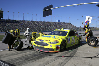 Paul Menard, Wood Brothers Racing, Ford Fusion Menards / NIBCO pit stop