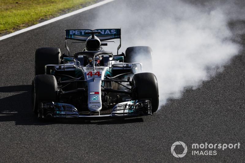 Lewis Hamilton, Mercedes AMG F1 W09, bloquea