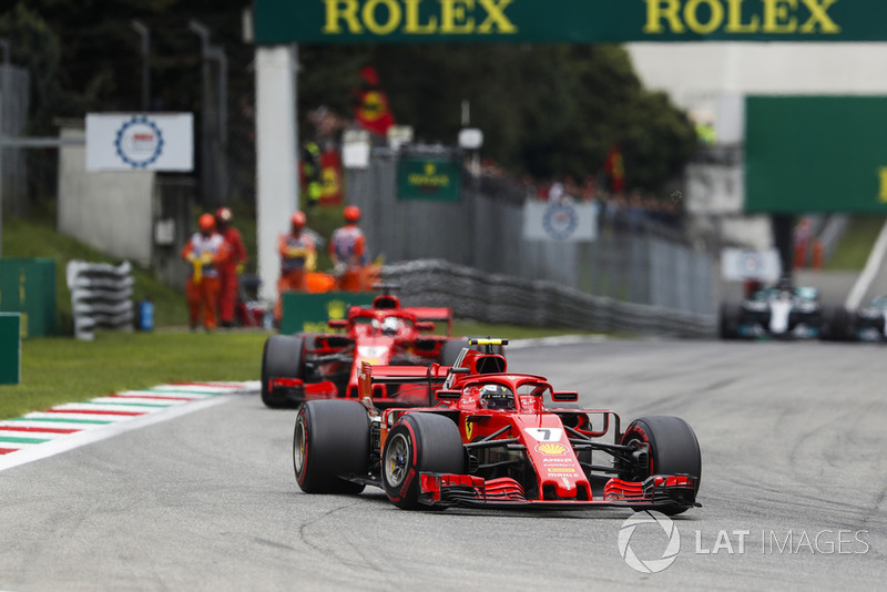 Kimi Raikkonen, Ferrari SF71H, leads Sebastian Vettel, Ferrari SF71H