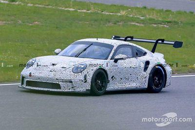 Тесты Porsche 911 GT3 на «Нюрбургринге»