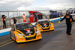 Matt Neal, Team Dynamics, Gordon Shedden, Team Dynamics