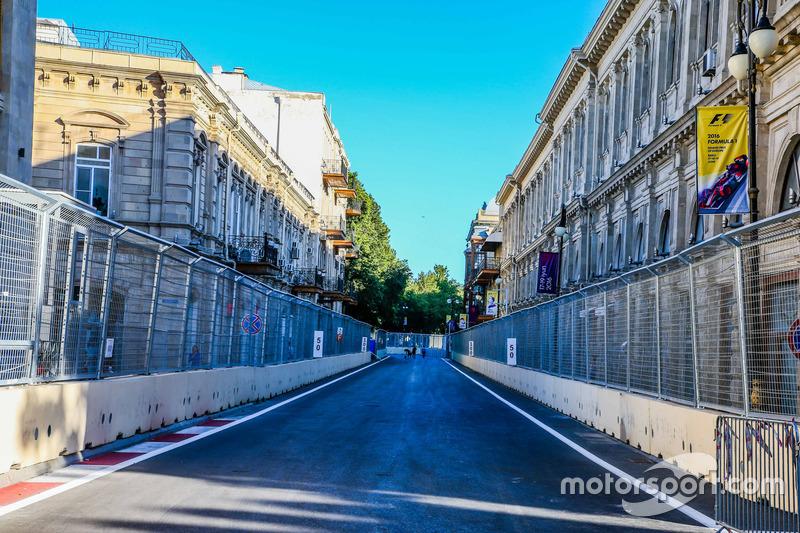 Вуличний трек в Баку