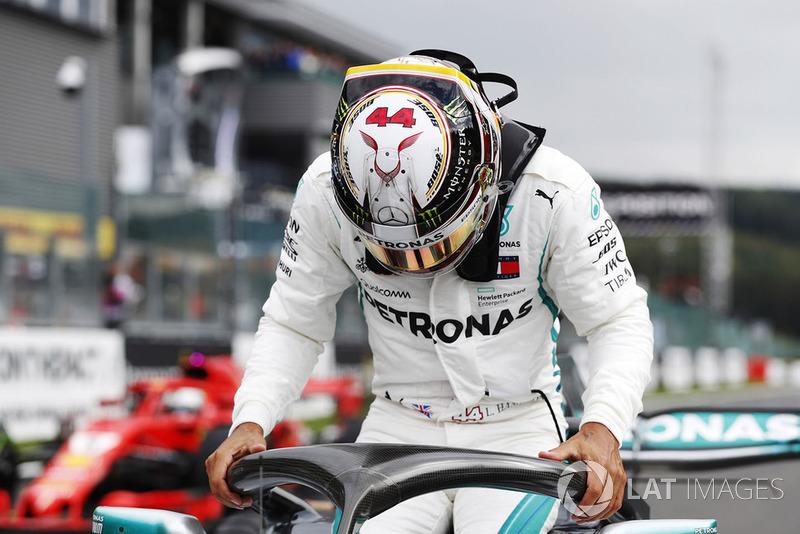 Lewis Hamilton - Mercedes - 9