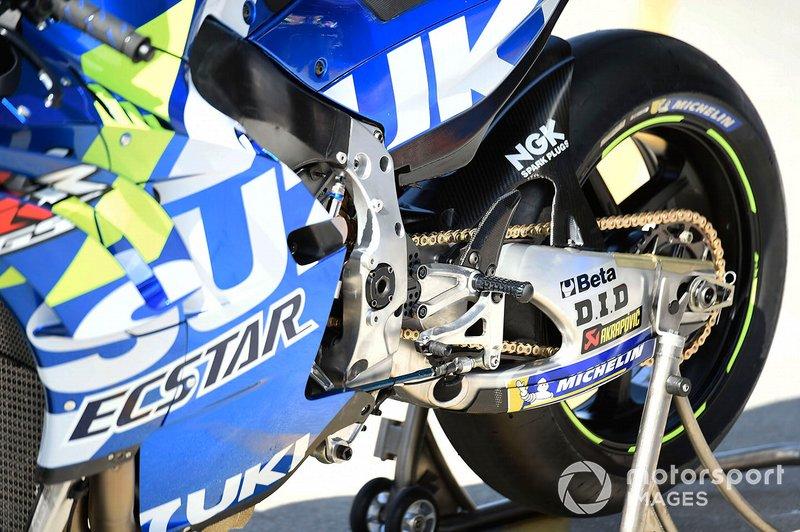 Dettaglio della moto del Team Suzuki MotoGP