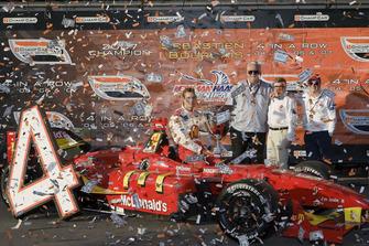 Sebastien Bourdais, Newman Haas Lanigan Racing with team owners Mike Lanigan, Paul Newman and Carl Haas
