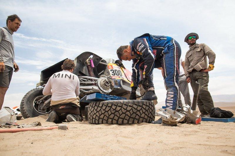 #300 X-Raid Mini JCW Team: Lucas Cruz, dopo l'incidente
