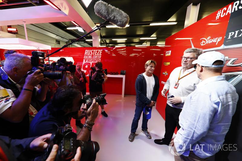 John Owen, el jefe de diseño Mercedes AMG F1. Wilson y Woody Harrelson en la promocionado la película de  Cars 3 , Ross Brawn, Director de  Motorsports, FOM