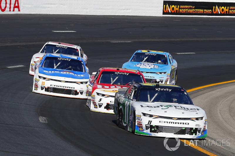 Blake Koch, Kaulig Racing Chevrolet y Michael Annett, JR Motorsports Chevrolet