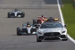 The Safety Car leads Lewis Hamilton, Mercedes AMG F1 W08, Sebastian Vettel, Ferrari SF70H, Valtteri Bottas, Mercedes AMG F1 W08