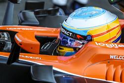 Temporada 2017 F1-azerbaijan-gp-2017-fernando-alonso-mclaren-mcl32