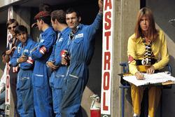 Marta-Mechaniker und Helen Stewart, Ehefrau von Jackie Stewart