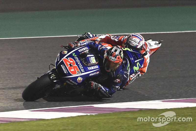 Maverick Viñales, Yamaha Factory Racing; Andrea Dovizioso, Ducati Team