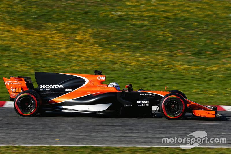 #7: McLaren MCL32