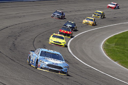 Kevin Harvick, Stewart-Haas Racing, Ford Fusion Busch Beer e Paul Menard, Wood Brothers Racing, Ford Fusion Menards / FVP
