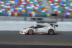 #11 Wide World Ferrari Ferrari 488: Peter Ludwig