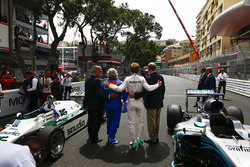 Chase Carey, Chairman, Formula One, Keke Rosberg, 1982 world champion, Nico Rosberg, 2016 world champion, and Prince Albert of Monaco on the grid