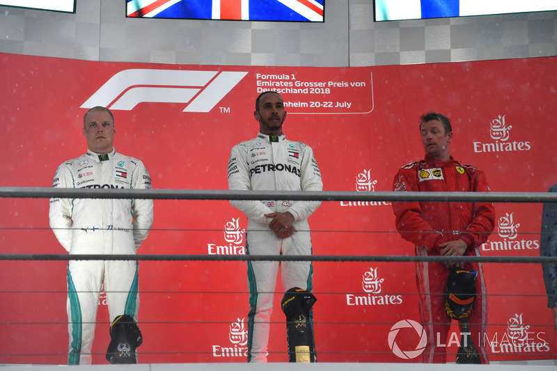 Valtteri Bottas, Mercedes-AMG F1, Lewis Hamilton, Mercedes-AMG F1 y Kimi Raikkonen, Ferrari