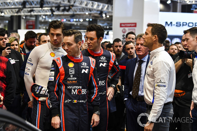 A WRC contingent, including Thierry Neuvile, Sébastien Ogier, Malcolm Wilson and Elfyn Evans, ahead