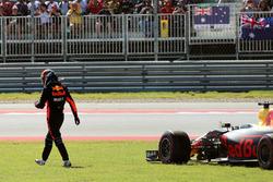 Сход: Даниэль Риккардо, Red Bull Racing RB13
