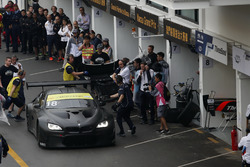 Augusto Farfus, BMW Team Schnitzer, BMW M6 GT3 at the pits