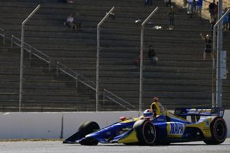 Alexander Rossi, Andretti Autosport Honda regresa a boxes con un problema con los neumáticos