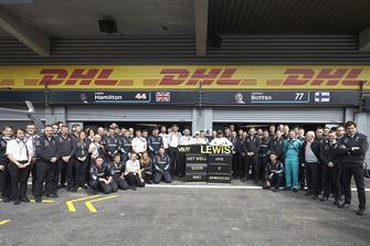 Mercedes на підтримку свого невиконавчого директора Нікі Лауду