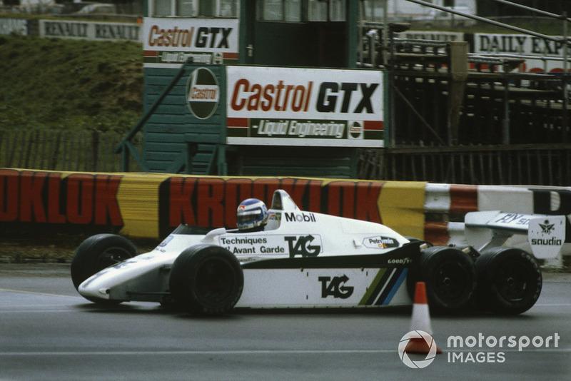 Keke Rosberg, 6 tekerlekli Williams FW08B