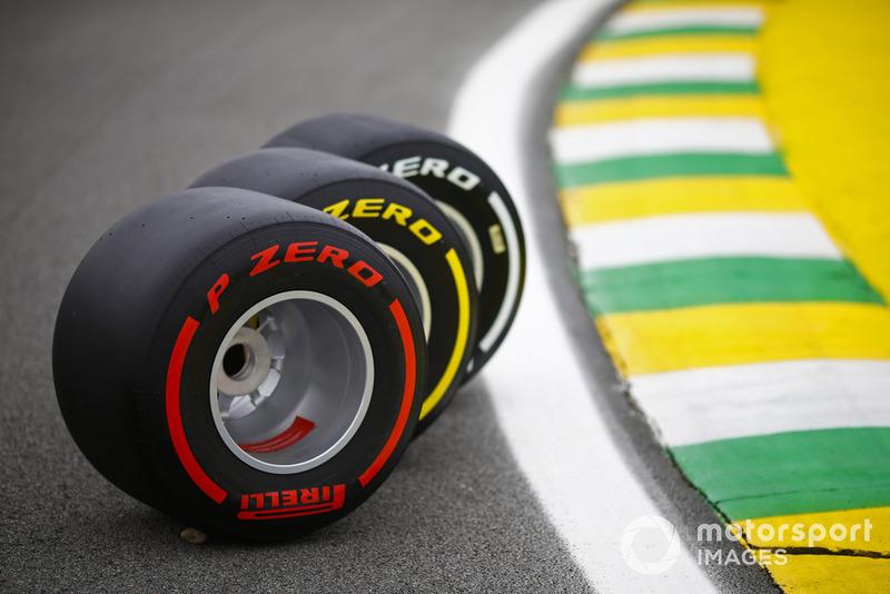 Три комплекти Pirelli для Гран Прі Бразилії