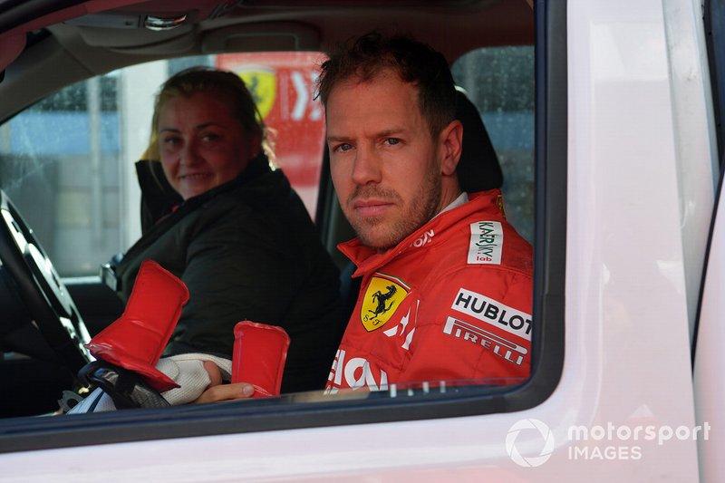 Себастьян Феттель, Ferrari після зупинки на трасі