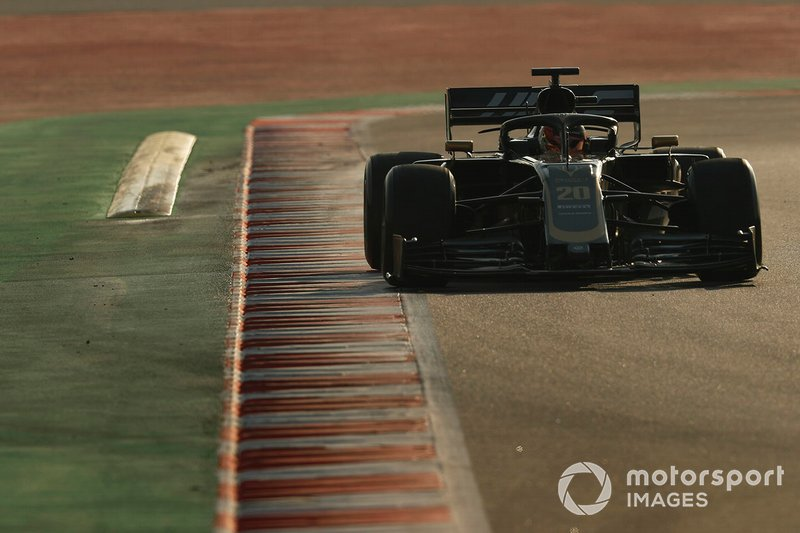 15º Kevin Magnussen, Haas F1 Team VF-19, 1:17.565 (gomme C5, giorno 8)