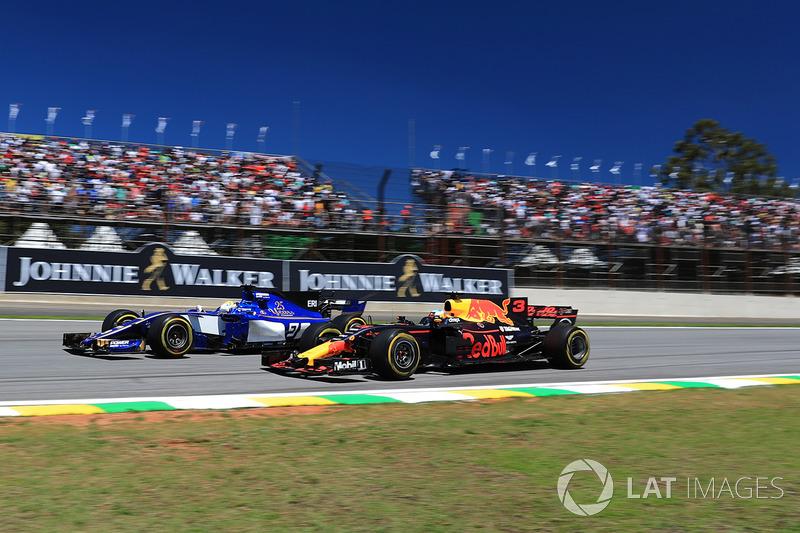 Daniel Ricciardo, Red Bull: 75