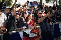 Christian Horner, Red Bull Racing Team Principal fans selfie