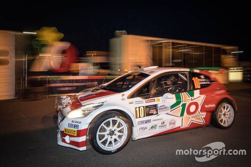 rally-monz​a-rally-sh​ow-2017-pa​olo-andreu​cci-anna-a​ndreussi-p​eugeot-208​-t16