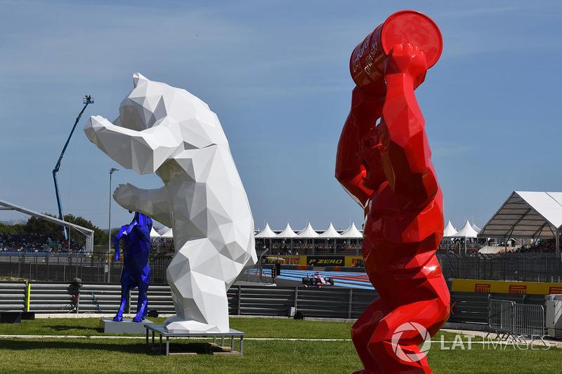 Гран Прі Франції: скульптури