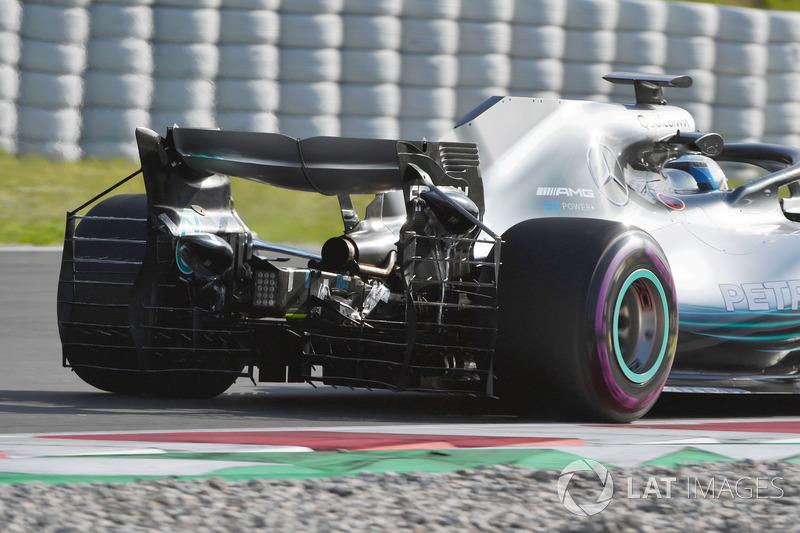Valtteri Bottas, Mercedes-AMG F1 W09 con sensor aerodinámico en el alerón trasero
