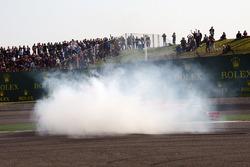 Sebastian Vettel, Ferrari SF71H and Max Verstappen, Red Bull Racing RB14 clash