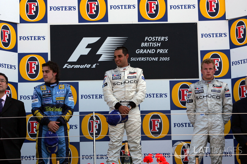 Podio: segundo puesto Fernando Alonso, Renault F1 Team, ganador de la carrera Juan Pablo Montoya, McLaren, tercer puesto Kimi Raikkonen, McLaren