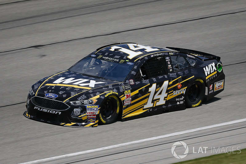 5. Clint Bowyer, Stewart-Haas Racing, Chevrolet Camaro WIX Filters