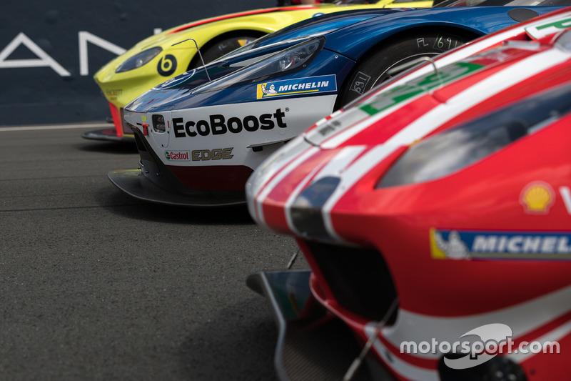 Автомобиль Ford GT (№69) команды Ford Chip Ganassi Team UK