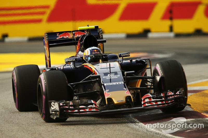 6º: Carlos Sainz, Scuderia Toro Rosso STR11
