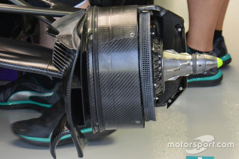 Mercedes AMG F1 W07 Hybrid, brakes