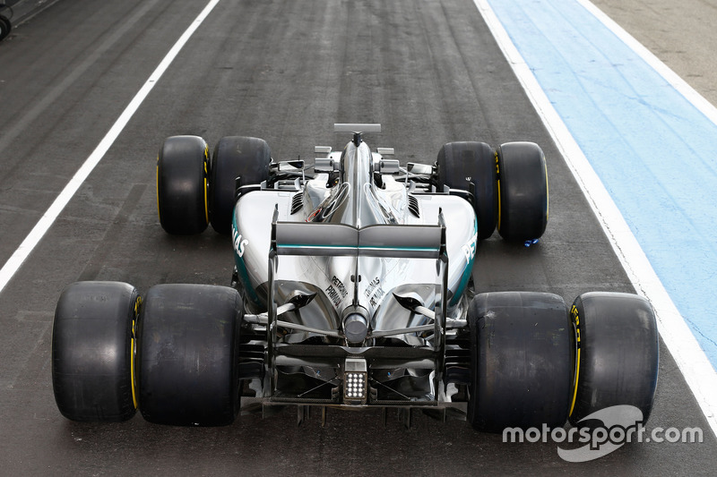 Mercedes AMG F1 W07 Hybrid with 2017 and 2016 Pirelli tyres
